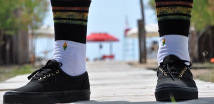 Dlaczego nosić skarpetki do butów.
